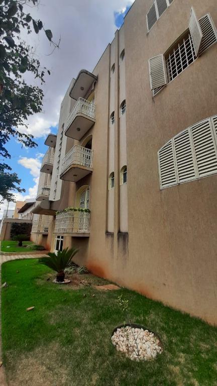 Apartamento com 3 dormitórios à venda, 174 m² por R$ 390.000,00 - Vila Olímpica - Uberaba/MG
