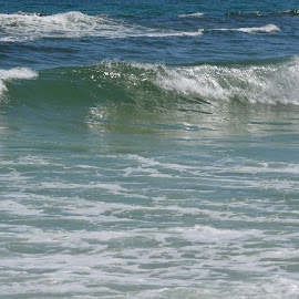 Great Waves by Kayla House - Landscapes Beaches ( vacation, great, florida, waves, beautiful, beauty, relaxing )