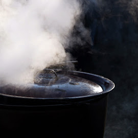 Steam from the pot by Andreea Ion - Food & Drink Cooking & Baking ( cook, bake, food, pot, steam )