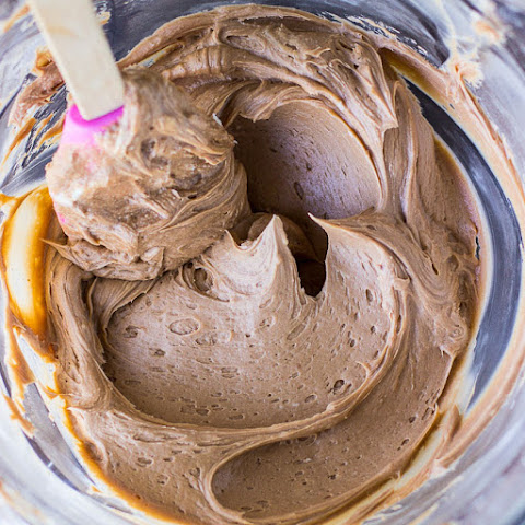 Milk Chocolate Buttercream Frosting