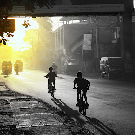 Ride To The Sun by Bugs Benny - City,  Street & Park  Street Scenes