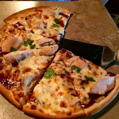 GF free bird bbq pizza - delicious! Crispy and tasty :)
