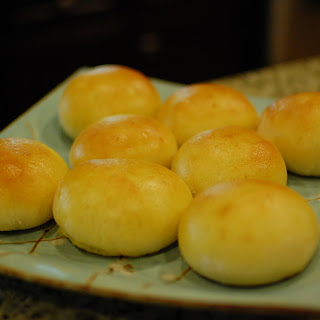Japanese Cream Pan (Japanese custard filled sweet bread buns)
