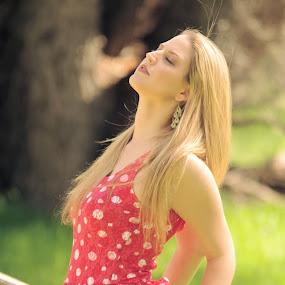 Enjoying the breeze by Yamin Tedja - People Portraits of Women ( dress, beauty, model, blonde, portrait,  )
