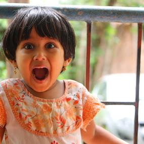 Hoho! by Vivek Chethan Muliya - Babies & Children Children Candids ( children, babies & children, children candids, portraits, people )
