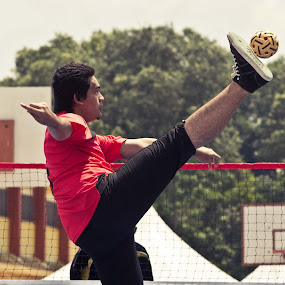 Sepak Takraw by Mohd Hisyam Saleh - Sports & Fitness Other Sports ( sepak, belia, takraw, hari, 2012 )