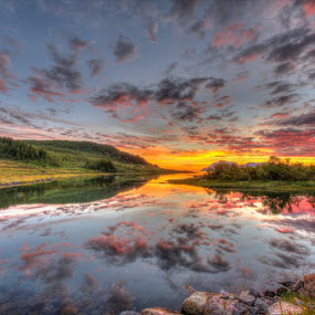 Sunset time by Benny Høynes - Landscapes Sunsets & Sunrises ( clouds, magic, nature, colors, sunset )