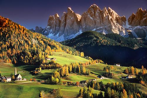 Santa Magdalena et les Dolomites by Gérard CHATENET - Landscapes Mountains & Hills (  )