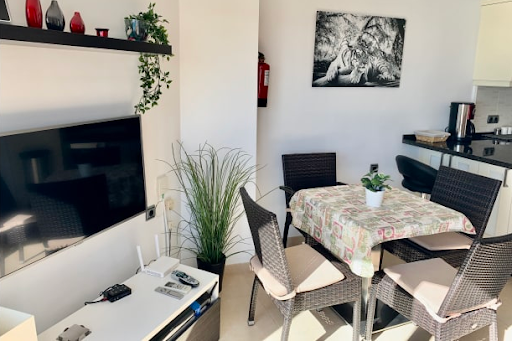 01 Bedroom Apartment