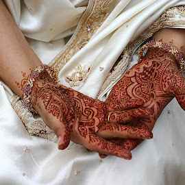 Engagement by Hazel Billingsley - People Body Art/Tattoos ( hands, fingers, art, tattoo, engagement )