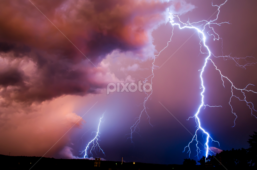 Lightning Shot by Matthew Westfall - Landscapes Weather ( pwcfoulweather )