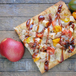 Barbeque Chicken Sausage & Apple Flatbread Pizza