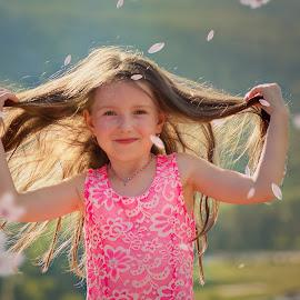 Windfolwers by Jiri Cetkovsky - Babies & Children Child Portraits ( child, wind, girl, flowers, hair )