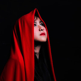 The Dark by Ocn Mato - People Portraits of Women