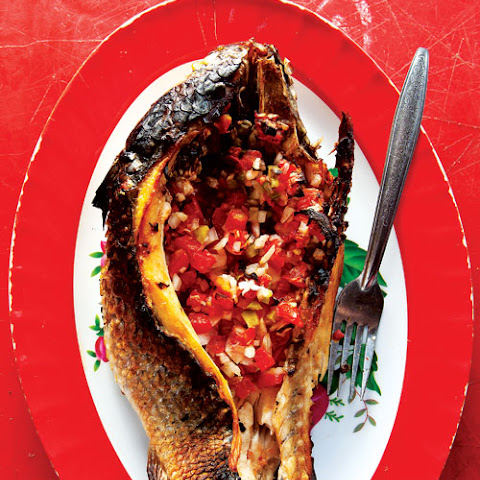 Pescado Encarcelado (Fish Stuffed with Pico de Gallo)