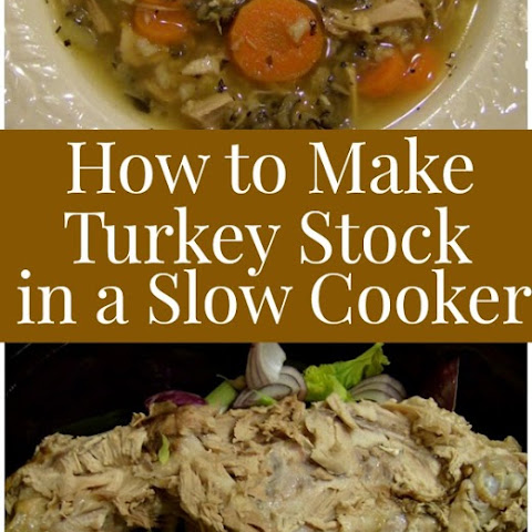 How to Make Turkey Stock in a Slow Cooker