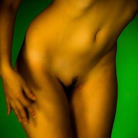 Close by Adriano Ferdinandi - Nudes & Boudoir Artistic Nude