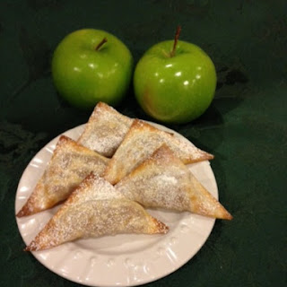 Mini Cinnamon Apple Turnovers
