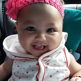 smiling face by Marx Perfecto Garcia - Babies & Children Babies ( child, amaris, sweet, gabrielle )