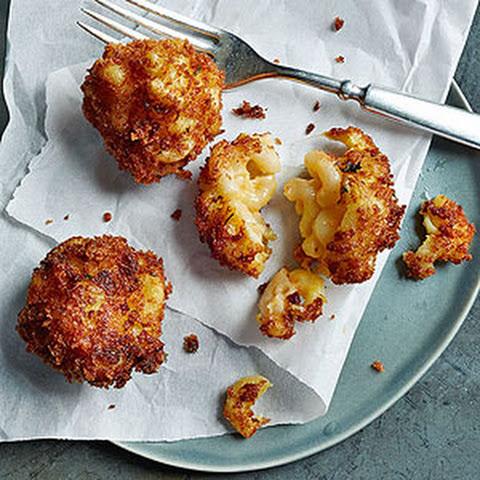 Fried Mac and Cheese Bites