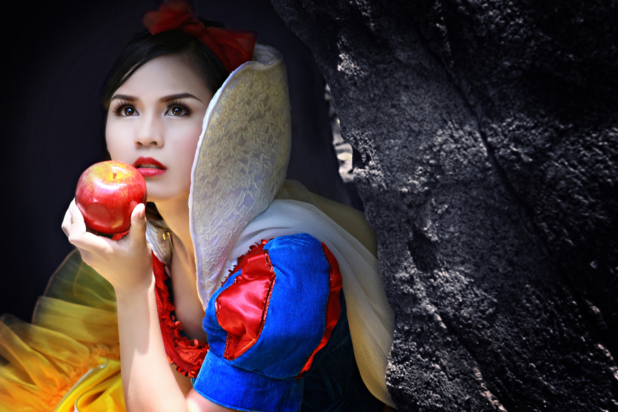 Snow White - Temptation by Darwin Maglalang - People Fashion