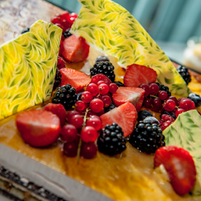 Fruit topping on cake  by Benjamin Arthur - Food & Drink Candy & Dessert ( cake )