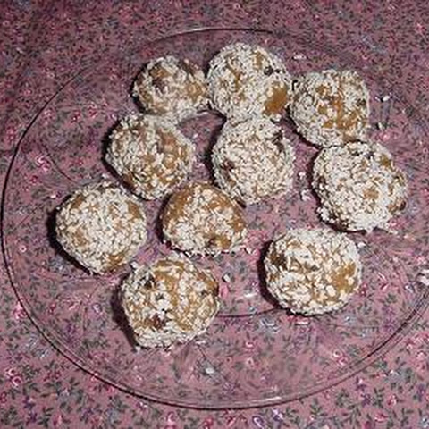 Peanut Butter Raisin Balls