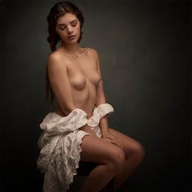 by Dennis Bater - Nudes & Boudoir Artistic Nude
