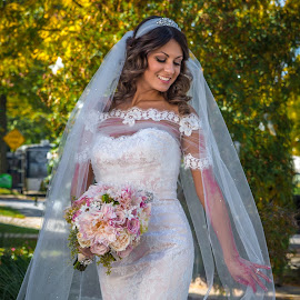 KellyAnn by Frank DeChirico - Wedding Bride