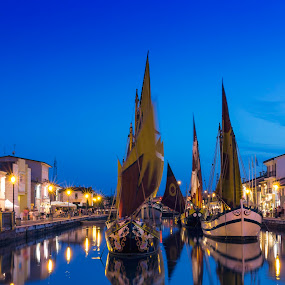 Cesenatico,Italia by Jirka Vráblík - City,  Street & Park  Night ( italia, boats, street, night, cesenatico )