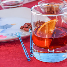 Negroni by Mauro Amoroso - Abstract Macro ( red, aperitivo, negroni, laigueglia, olive )
