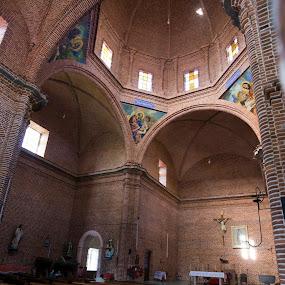 Church at Tapalpa by Cristobal Garciaferro Rubio - Buildings & Architecture Places of Worship ( tapalpa, interior, church, brick, mexico )