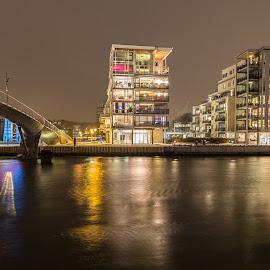 Riverside by Roger Lauritzen - Buildings & Architecture Homes
