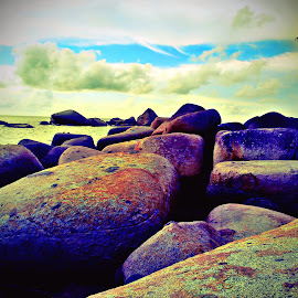 Clouds on the Rocks by EDie Ed - Instagram & Mobile Android