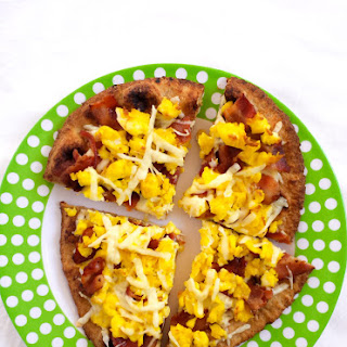 Bacon And Scrambled Egg Maple Breakfast Pizza