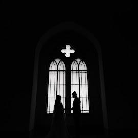 by Lucian Barboi - Wedding Bride & Groom ( fotografi nunti iasi, fotograf profesionist iasi, foto video iasi, fotograf iasi )