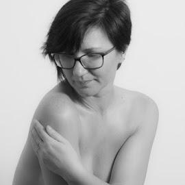 Irina by Eugen Constantinescu - Nudes & Boudoir Artistic Nude ( nude, bw, artistic nude, women )