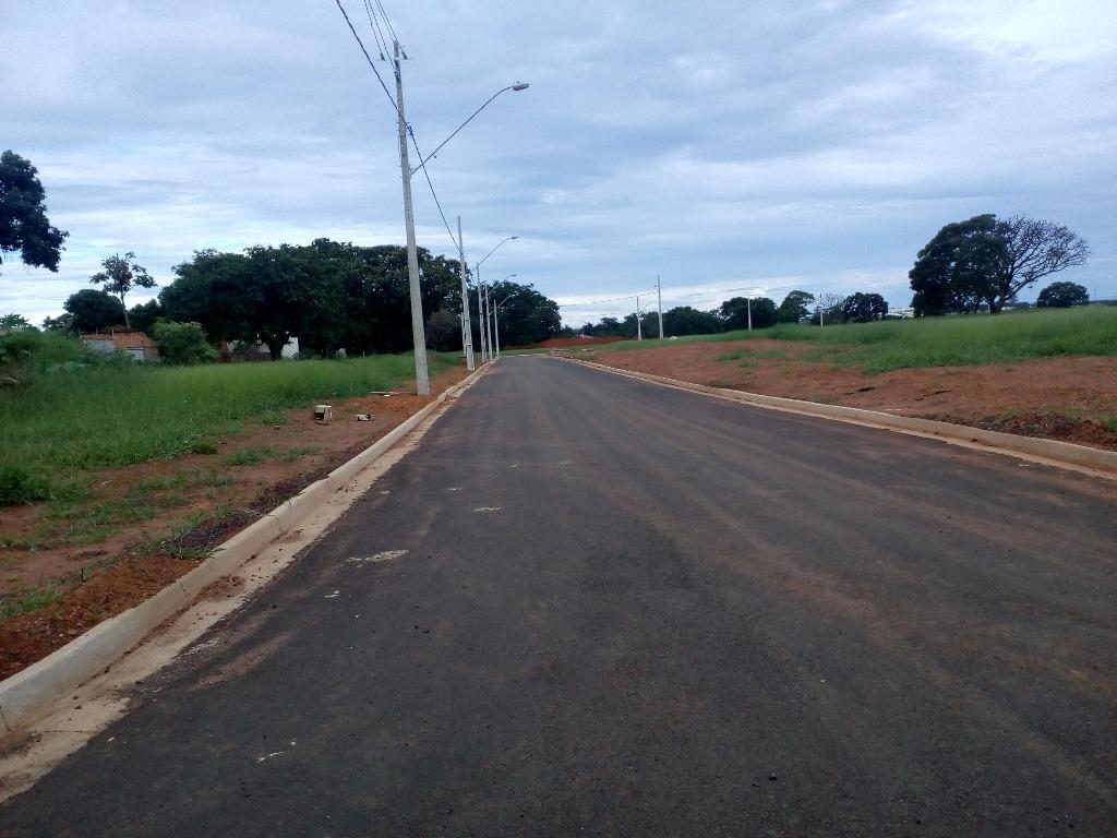 Terreno residencial à venda, Loteamento Antônio Caiado, Uberaba.