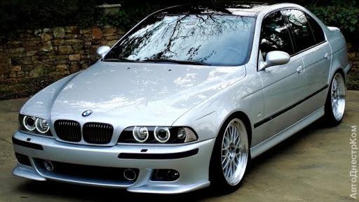 продам запчасти на авто BMW 5er  фото 1