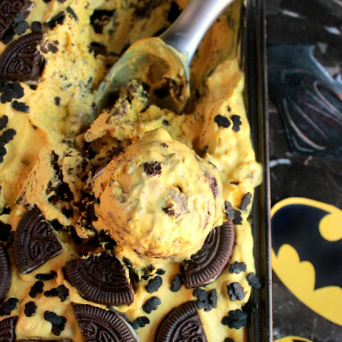 Batman Ice Cream – Banana and Chocolate Cookie Ice Cream {No Ice Cream Machine Needed}