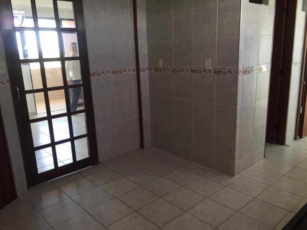 Apartamento com 3 dormitórios para alugar, 100 m² por R$ 1.200/mês - Manaíra - João Pessoa/PB