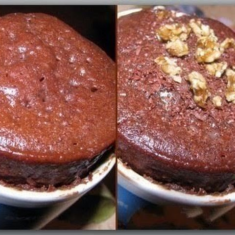 Chocolate Cake In A Microwave Oven For 3 Minutes