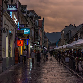 A walk in Brasov by Ana Maria - Novices Only Street & Candid ( shop, life, people, city, nightscape )