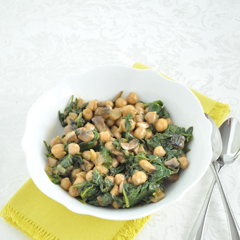 Spinach Chickpeas and Mushrooms