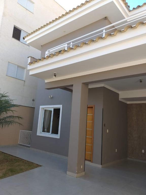 Casa com 3 dormitórios à venda, 234 m² por R$ 740.000 - Jardim Karolyne - Votorantim/SP