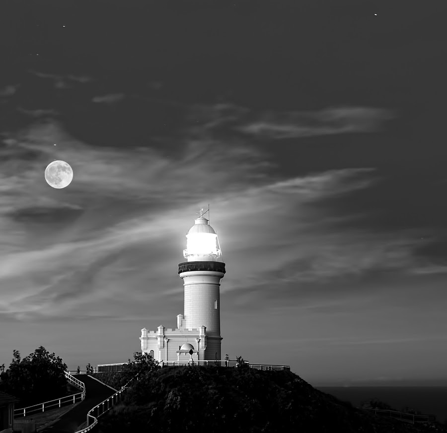 Byron Bay Lighthouse  by Don Raffaele - Buildings & Architecture Statues & Monuments ( monuments, moon, black and white, lighthouse, full moon, dusk )