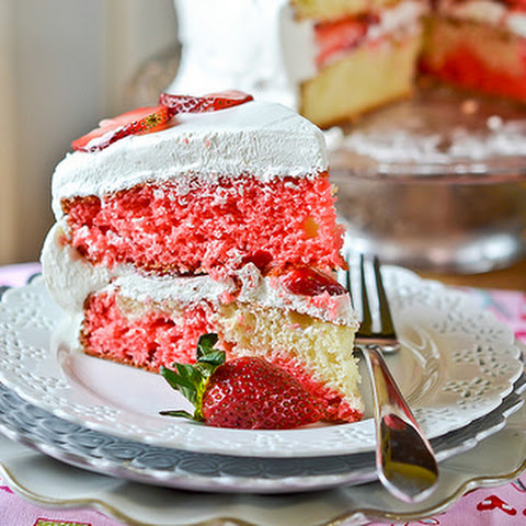 Strawberry-Swirl Cake
