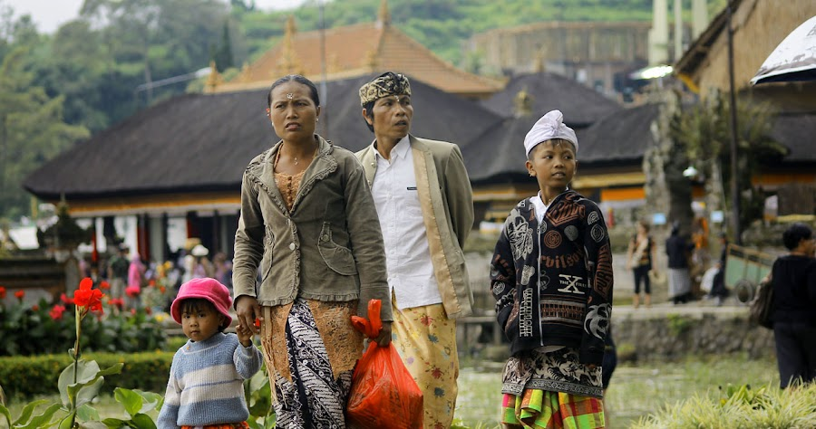 Bali people by Dennis Prabowo - People Street & Candids