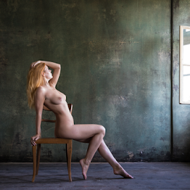 red haired nude on a chair by Reto Heiz - Nudes & Boudoir Artistic Nude ( lost place, chair, sexy, nude, red hair, nudeart )