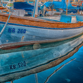 old boat by Eseker RI - Transportation Boats